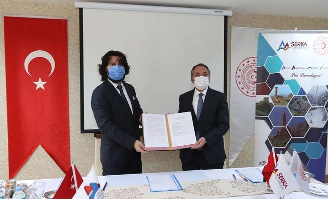 AİÇÜ Rektörü Karabulut ile SERKA Genel Sekreteri Taşdemir protokol imzaladı