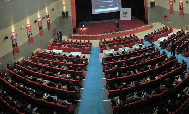 """MTÜ'de """"Gençlik, Şuur, Özgüven ve İletişim"""" konulu Konferans düzenlendi"""