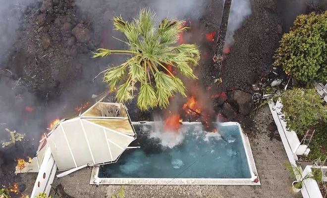 Kanarya Adaları'ndaki yanardağ patlamasında 400 ev kül oldu