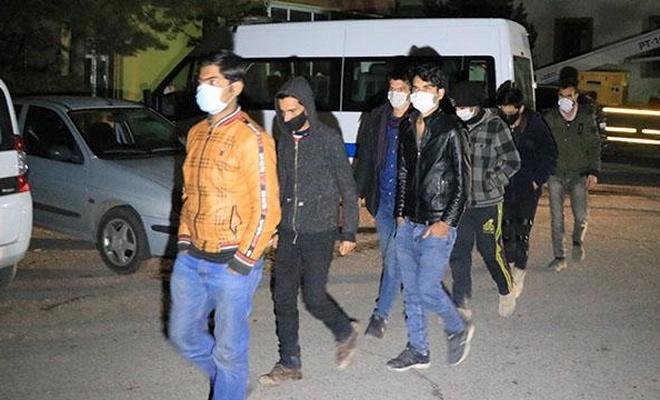 Erzincan'da 8 sığınmacı yakalandı