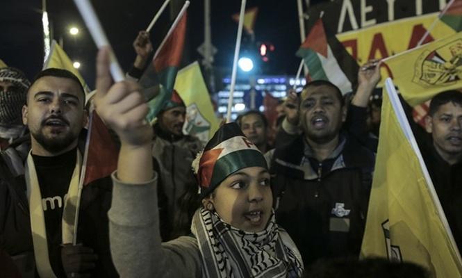 Yunanistan`da ABD`nin kararı protesto edildi