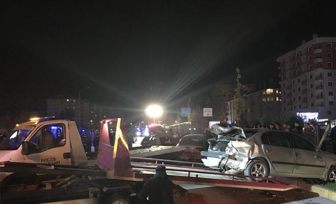 Yaşanan kazada 22 kişi yaralandı