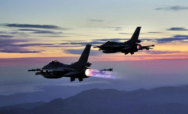 F-16'lar Suriye hava sahasında