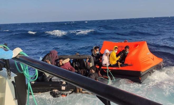Can salı içerisinde ölüme itilen 31 düzensiz göçmen kurtarıldı