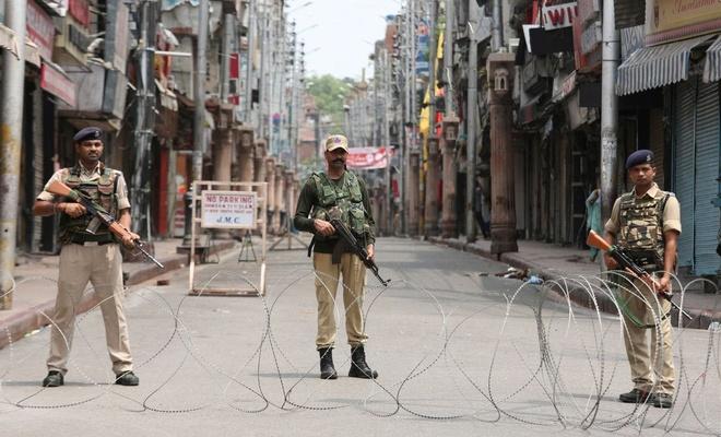 Hindistan'dan Türkiye ve Malezya'ya Keşmir misillemesi