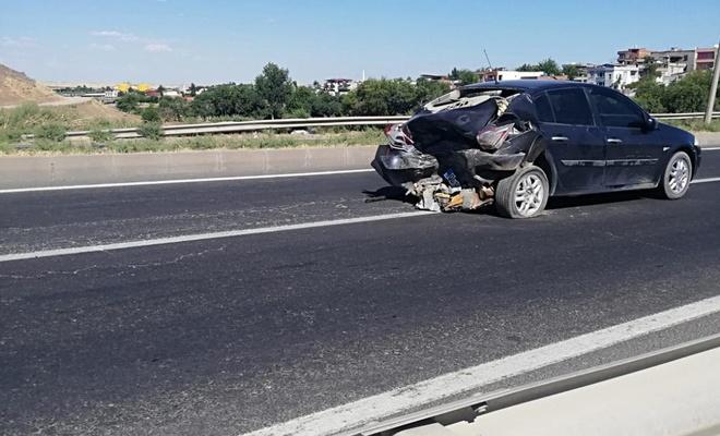 Diyarbakır-Mardin Karayolu üzerinde trafik kazası: 1'i çocuk 3 kişi yaralandı