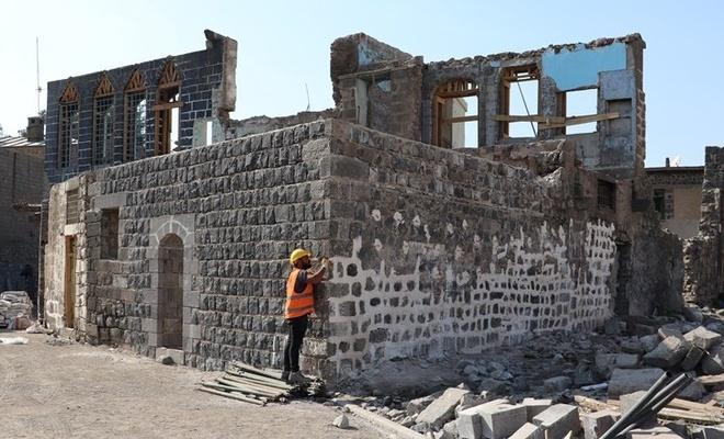 Diyarbakır'daki olaylarda zarar gören 374 tescilli evde restorasyon başladı