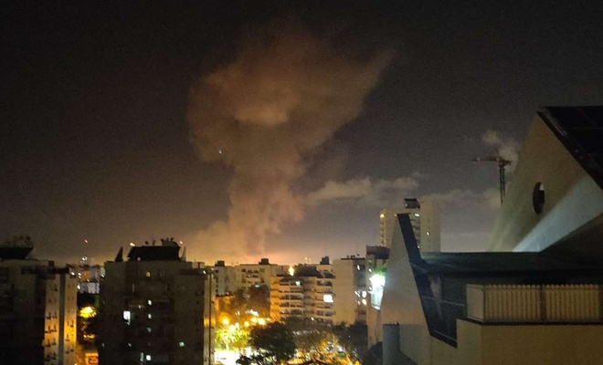 Direnişin attığı füzeler Aşdod'daki binalara isabet etti