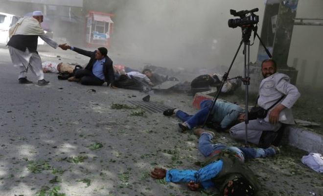 Afganistan'da 10 yılda 100 bin insan savaş kurbanı oldu