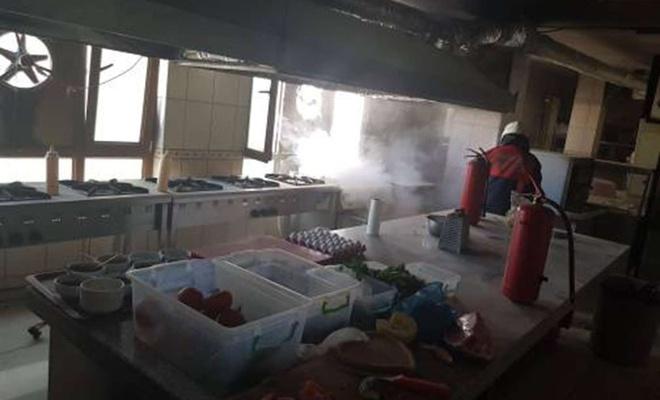 Mardin'de bir kafede yangın çıktı
