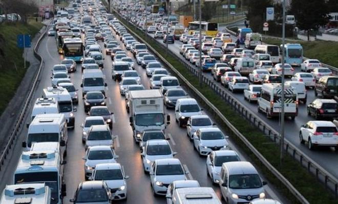 Tüm araç sahiplerini ilgilendiren düzenleme yasalaştı: Artık daha hızlı alınacak
