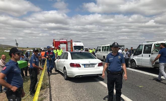 Nevşehir'de minibüs ile TIR çarpıştı: 7 ölü, 8 yaralı