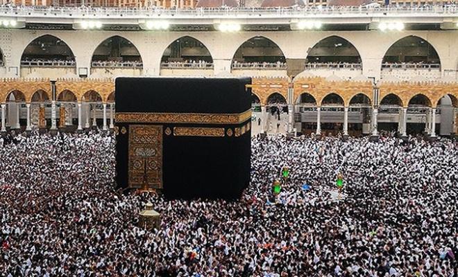 Suudi, tüm umre ziyaretlerini durdurdu