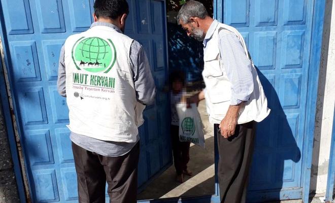 Umut Kervanı Adıyaman'da kurban eti dağıtımı gerçekleştirdi