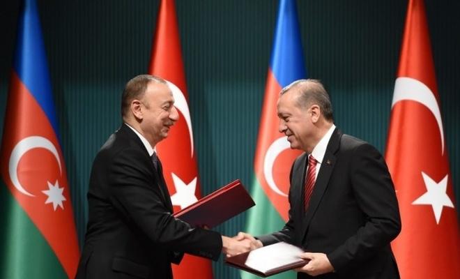 Türkiye ile Azerbaycan arasında vizeler kaldırıldı!