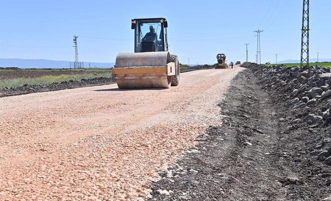 Diyarbakır kırsalına bu yıl bin 200 kilometre yolun asfaltlanması planlanıyor