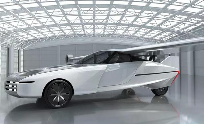 Uçan araba 2025'te yollarda
