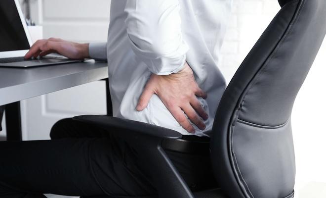 Bilgisayar kullanırken ağrılara maruz kalmamak için nasıl oturmalıyız?