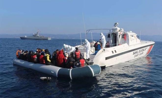 Yunanistan tarafından geri itilen 72 düzensiz göçmen kurtarıldı