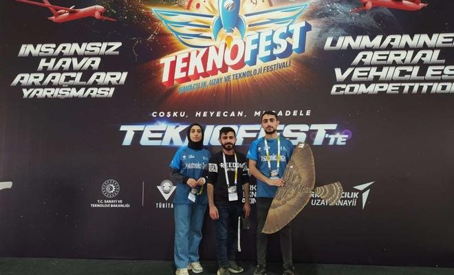 AİÇÜ'lü mucitler TEKNOFEST'te Türkiye birincisi oldu
