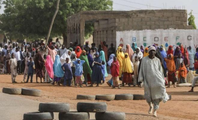 Nijerya'da silahlı kişiler 60 köylüyü kaçırdı