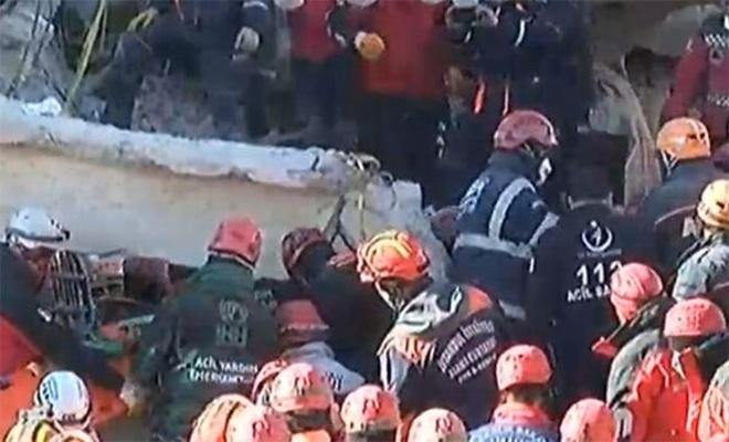 Elazığ'daki 6,8'lik depremde 39 kişi hayatını kaybetti!