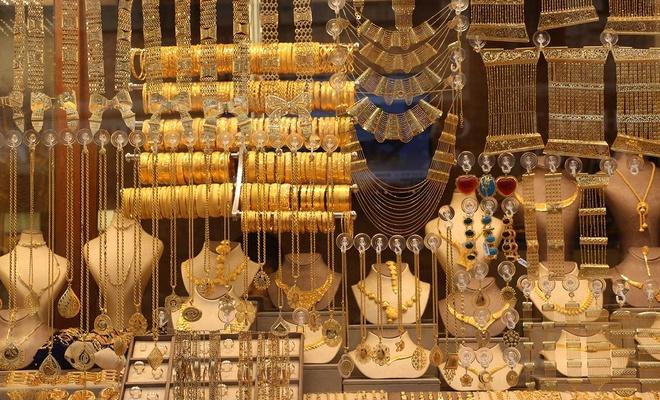 Kuyumculardan talep edilen 500 gram altın teminatı şartı taslaktan kaldırıldı