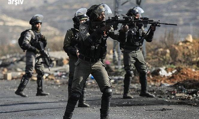 Batı Şeria`daki gösterilerde 10 Filistinli yaralandı