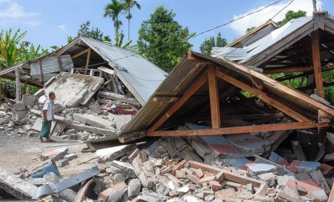 Endonezya`daki depremde 14 kişi hayatını kaybetti