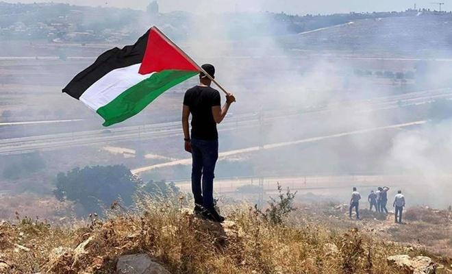 Siyonist işgalciler dünkü saldırılarda 320 Filistinliyi yaraladı
