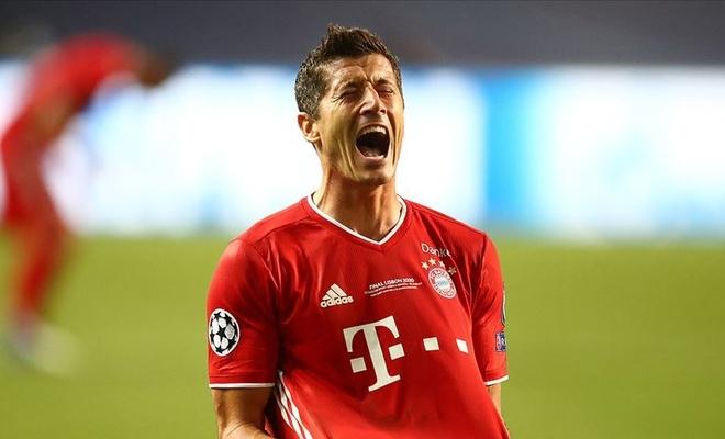 UEFA'nın en iyi oyuncu ödülünü Robert Lewandowski kazandı