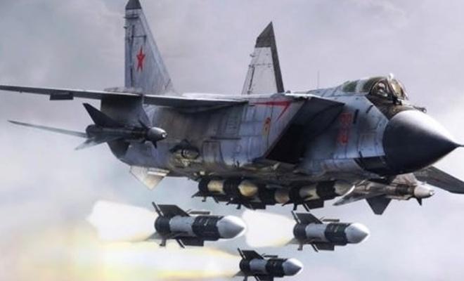 Rus savaş uçakları birbirini vurdu