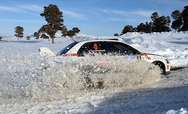 Türkiye'nin ilk kar rallisi sona erdi