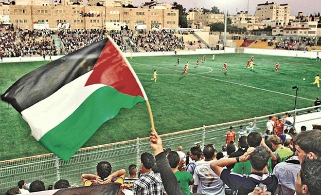 Terörist israil'den Filistin'e futbol engeli