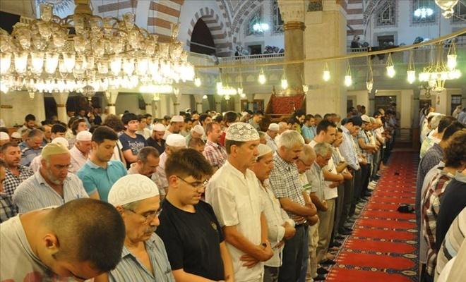 İstanbul'un 30 camisinde enderun teravih geleneği yaşatılacak