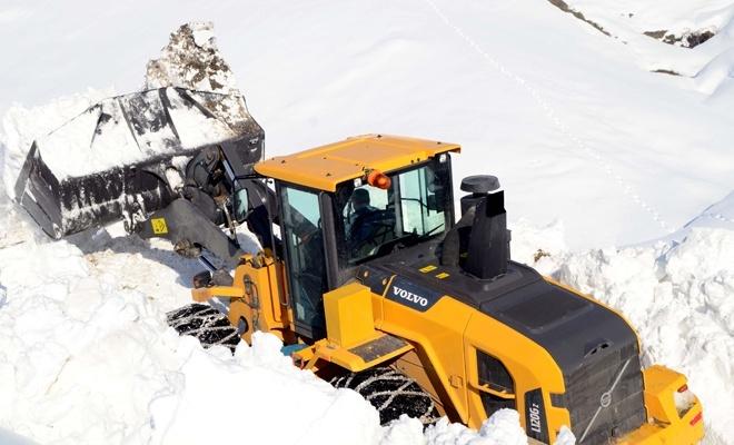 Doğu'da kar hayatı olumsuz etkiliyor