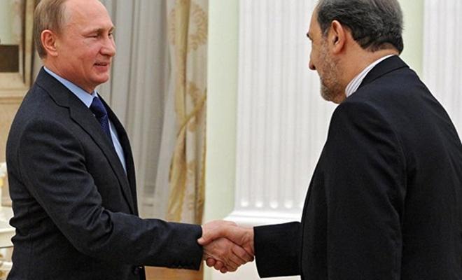 Putin, Hamaney`in danışmanı Velayeti ile görüştü
