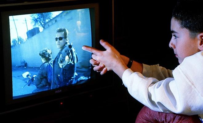 Televizyon, çocuk saldırganlığını etkiler mi?