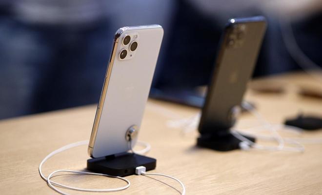 Ruslar ne kadar sık cep telefonu değiştiriyor?