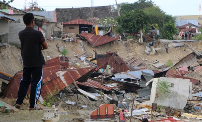 Endonezya`daki depremde can kaybı artıyor