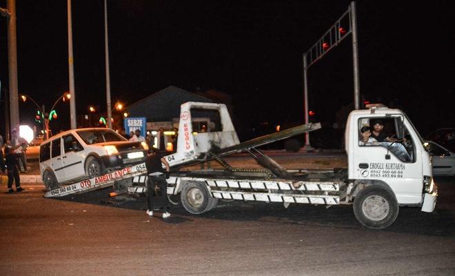 Ağrı'da meydana gelen trafik kazasında iki kişi yaralandı