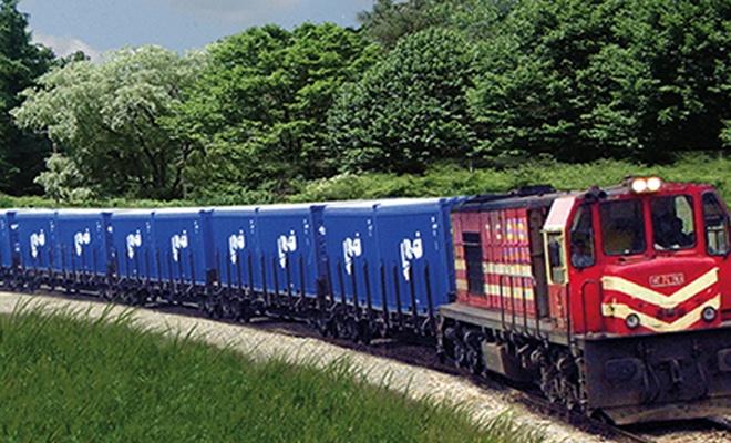 Bakan Turhan'dan demir yolu açıklaması!