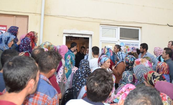 Balıkesir'de 98 öğrenci hastanelik oldu