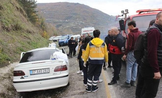 Feci trafik kazası:  3 ölü, 2 yaralı...