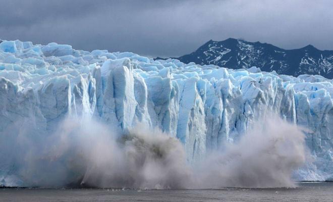 Grönland eriyor! Bir günde İç Anadolu'yu 5 santim suyla kaplayacak kadar buz eridi