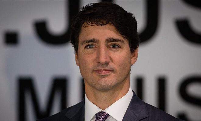 Kanada Başbakanı 28 Şubat kafasına karşı