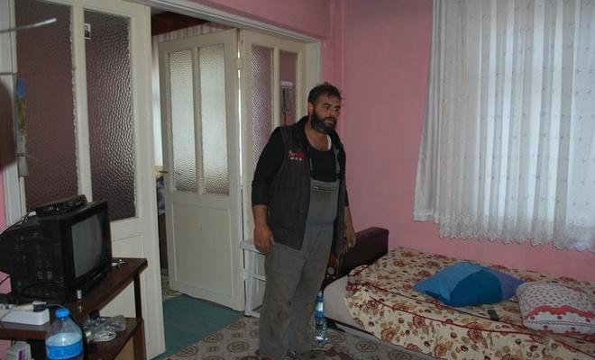 Tekirdağ'da eve giren hırsızlar yatakta yattı