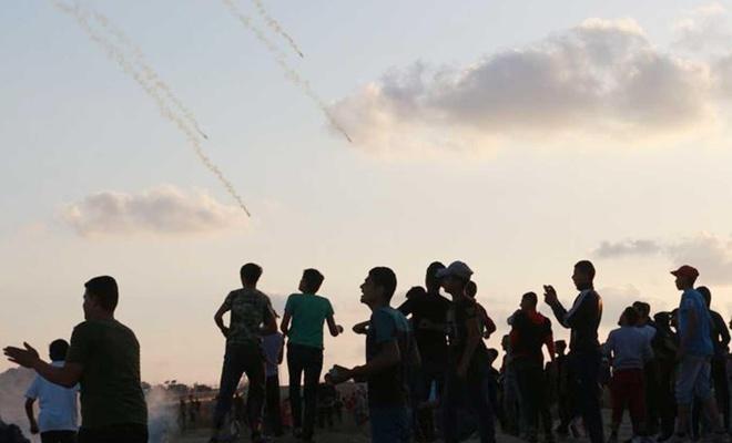 """""""Devam ediyoruz"""" Cumasında 69 Filistinli yaralandı"""