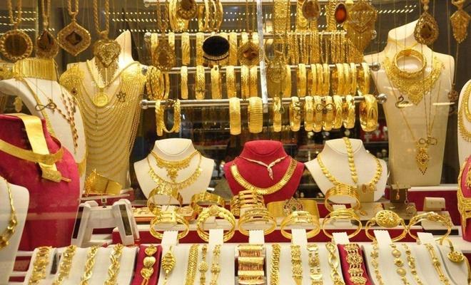 Dün rekor kıran gram altın fiyatları bugün ne kadar oldu?