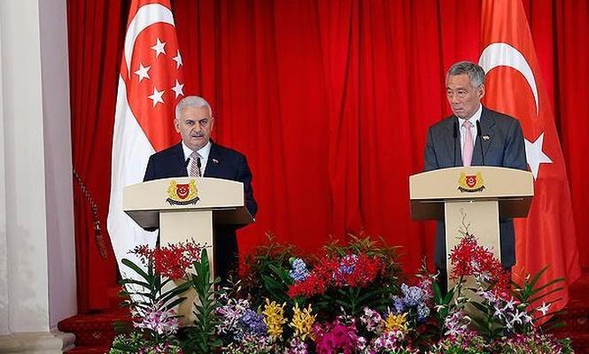 Başbakan`ın Singapur temasları sürüyor